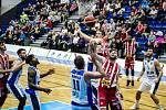 Z utkání BC Geosan Kolín - Pardubice (97:96).