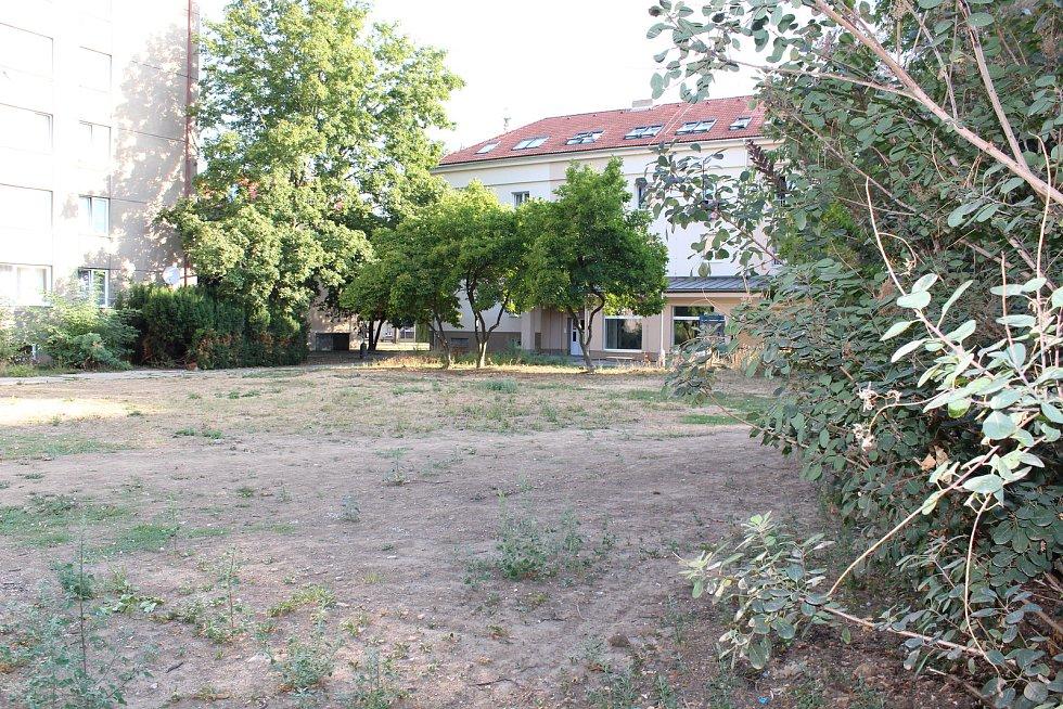 Místo, kde stávala socha V. I. Lenina
