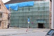 Rekonstrukce fasád kolínského zámku, srpen 2017