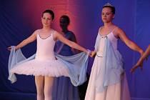 Baletní večer v kolínském divadle.