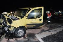 Dopravní nehoda na křižovatce u Veltrub, 5. 2. 2009