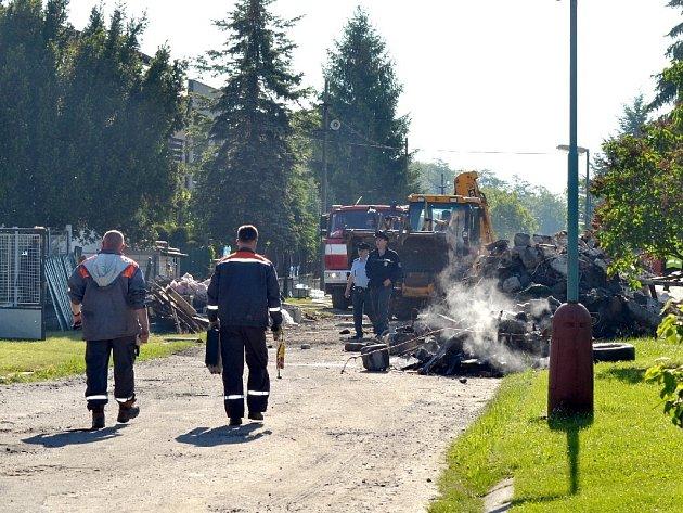 V Cerhenicích vybuchl dům.
