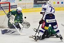 Hokejisté Kolína porazili v posledním utkání základní části Bílinu 5:2.