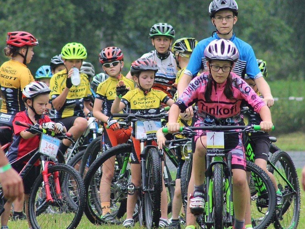 Mladí cyklisté mají za sebou první soustředění. To se uskutečnilo v Samopších.