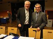Podepisování koaliční smlouvy v Kolíně.