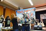 Koncert projektu Nylon Maiden ozdobil svojí přítomností Blaze Bayley.
