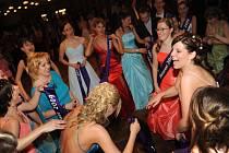 Ples Obchodní Akademie Kolín. 28.2. 2009