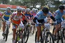 Vendula Kuntová (číslo 236) skončila na závodech na Kypru mimo elitní desítku.