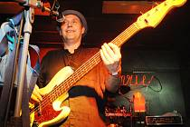 Holanďan Wilco Versteeg z polabské roviny vyráží na koncerty úspěšné kapely Sto zvířat