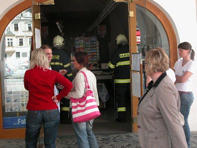 Požár v drogerii na Karlově náměstí v Kolíně.