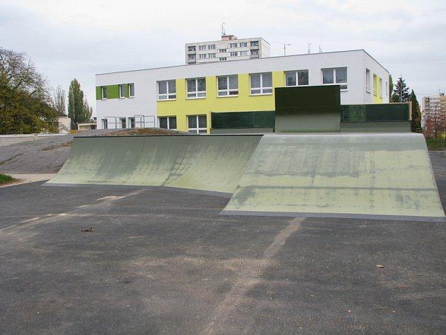 Prostory nového bikeparku v Kolíně.