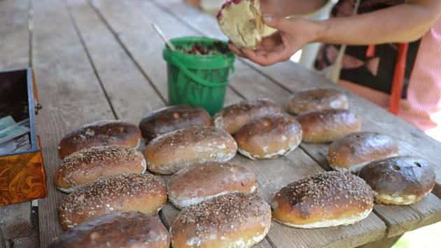 Veřejné pečení chleba 2017