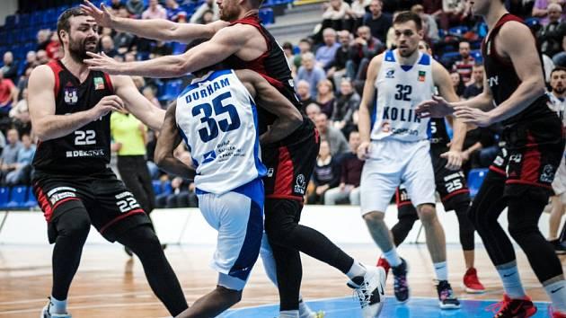 Z utkání BC Kolín - Svitavy (69:82).