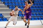 Z dohrávky 7. kola NBL BC Kolín - Ústí nad Labem (86:90).