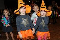 Děti přišly stylově oblečené a zábavu s Míšou si užily