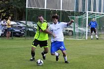 Z utkání III. třídy skupiny B Zásmuky B - Tuklaty (6:2).
