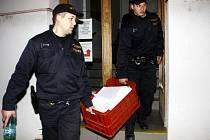 Uzavření kolínského odboru dopravy policií.