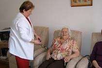 Setkání klientů Spirály pomoci v cerhenickém stacionáři