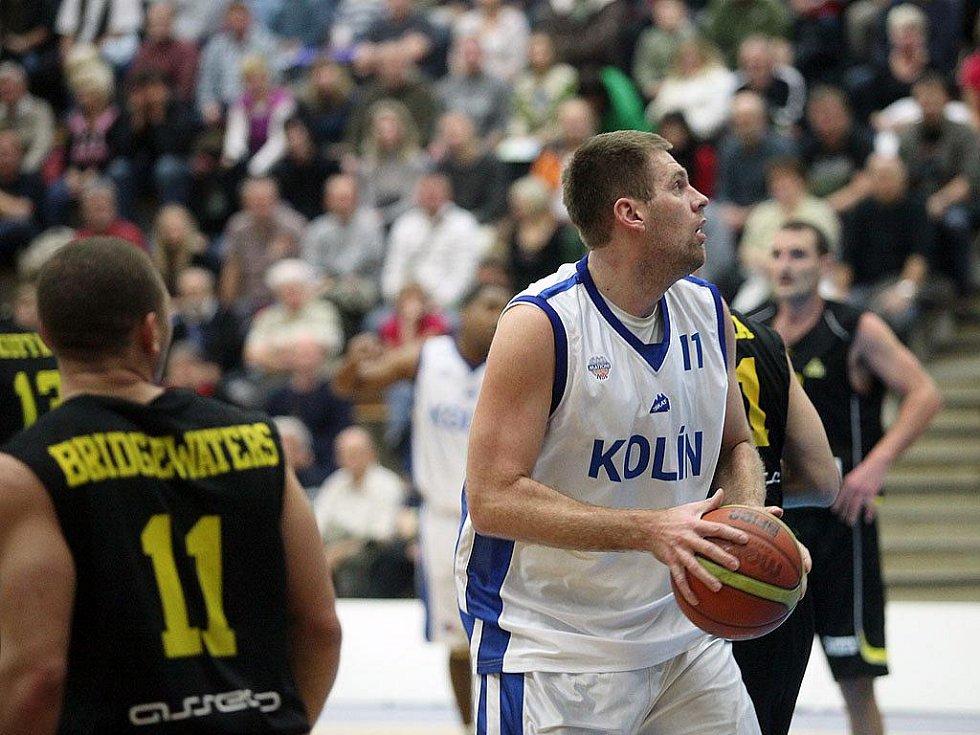 Z utkání BC Kolín - Inter Bratislava (89:64).