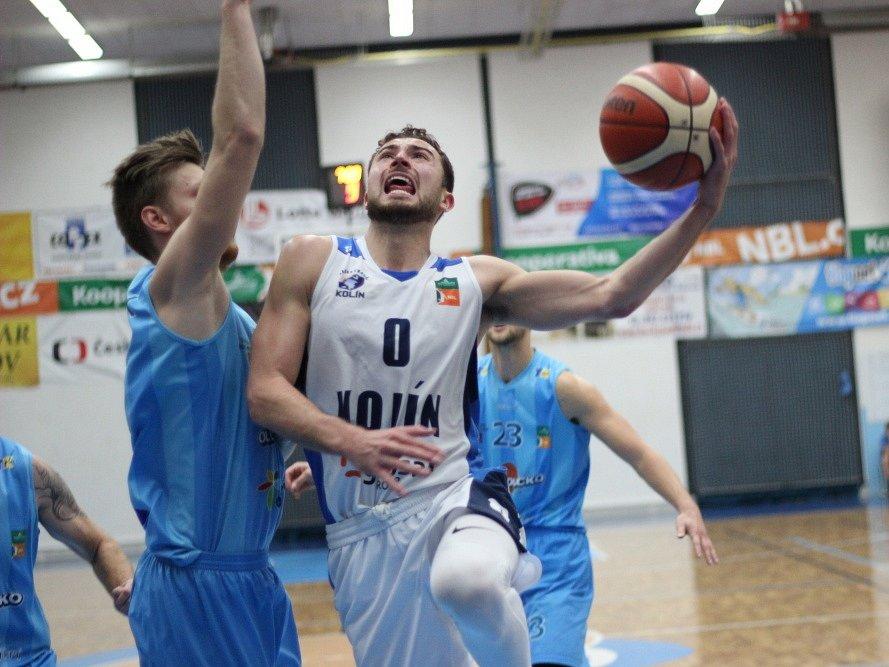 Z utkání BC Kolín - Olomoucko (82:58).