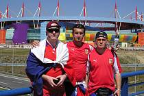 Jaroslav Jedlička (vpravo) s kamarády Dominikem Hesem (vlevo) a Petrem Kloboučníkem na ME v Portugalsku.