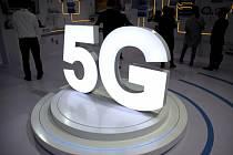 Logo mobilní sítě 5G - ilustrační foto.