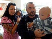 Jáchym Vokál poprvé zakřičel 11. června 2012. Po svém narození měřil 48 centimetrů a vážil 2780 gramů. Maminka Lucie, tatínek Miroslav a dvouletý bráška Jakub s ním zamířili domů do Velkého Oseka.