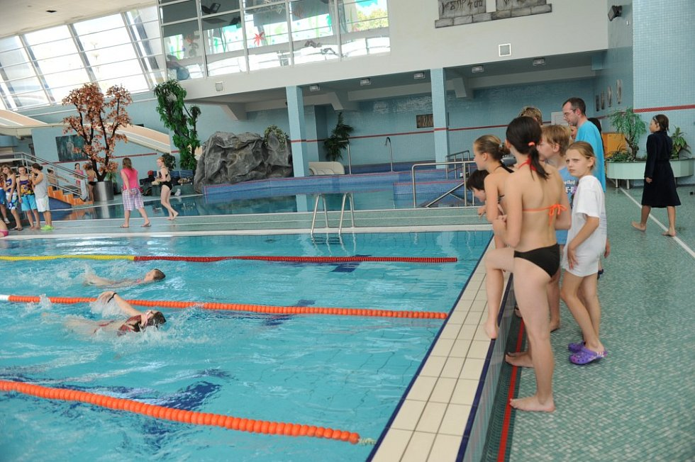 Kolínské sportovní dny - plavání.