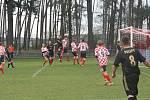 Z utkání Jestřabí Lhota - Polepy (1:3).