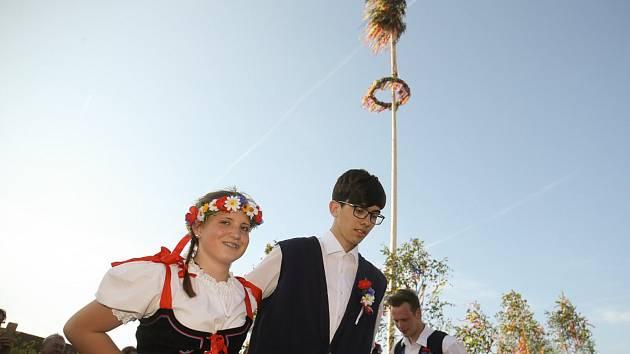 V Sendražicích slavili máje