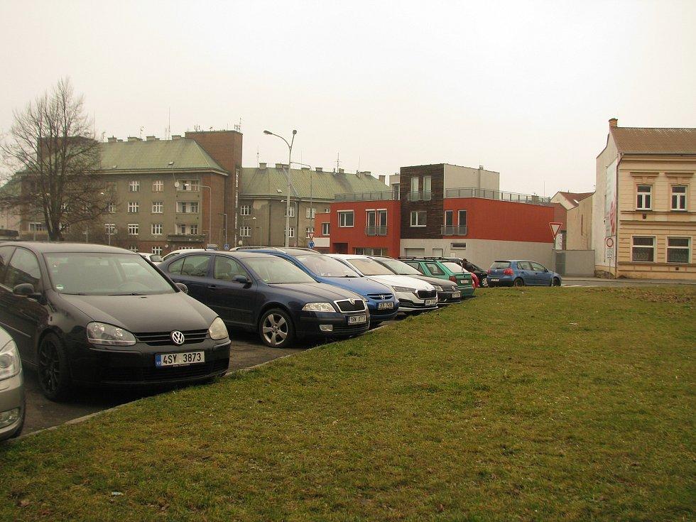 Jiráskovo náměstí v Kolíně, březen 2021
