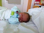 Oliver Ondrušík se narodil 18.12.2018 s mírami 3545 g a 50 cm. V Jestřabí Lhotě ho přivítají bráškové Jirka a Patrik a rodiče Veronika a Daniel.