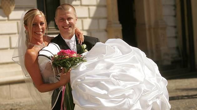 Magické datum 9.9. 2009 si pro uzavření sňatku zvolili Dana Bartlová a Daniel Bejlek.