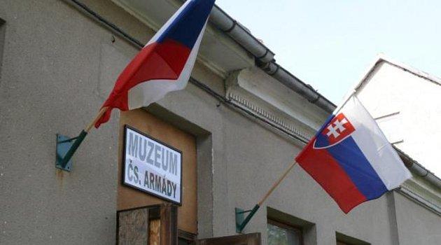 Už vdubnu začne vkolínském armádním muzeu výstava věnovaná protichemickým prostředkům.