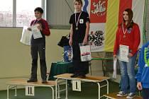 Vítězný Matěj Zmátlo na nejvyšším stupínku.