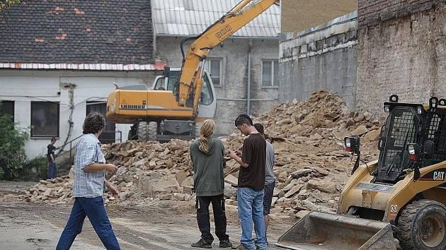 Demolice v Kutnohorské ulici.