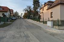 Nové chodníky v Úvalech.
