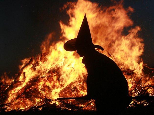 Pálení čarodějnic ve Třech Dvorech