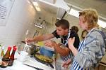 Českobrodští studenti si uvařili a získali závěrečnou zkoušku.