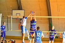 Z volejbalového utkání krajského přeboru Kolín - Vlašim (0:3 a 3:2)