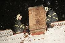 Hasiči zasahovali u požáru komína v Radovesnicích I. 18.2. 2009