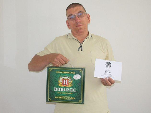 Antonín Fabián mladší získal karton piv značky Rohozec a poukázku v hodnotě 100,-Kč do kolínské kavárny Kristián.