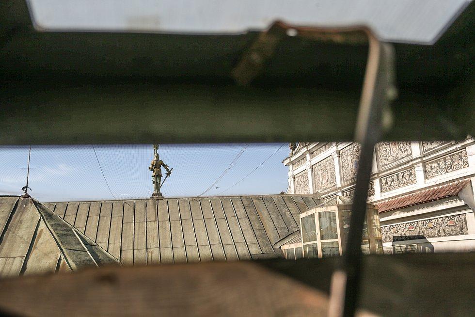 Radnice v Kolíně: výhled z vikýře.