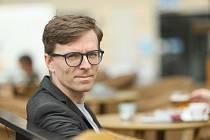 Redaktor Deníku Jakub Šťástka.