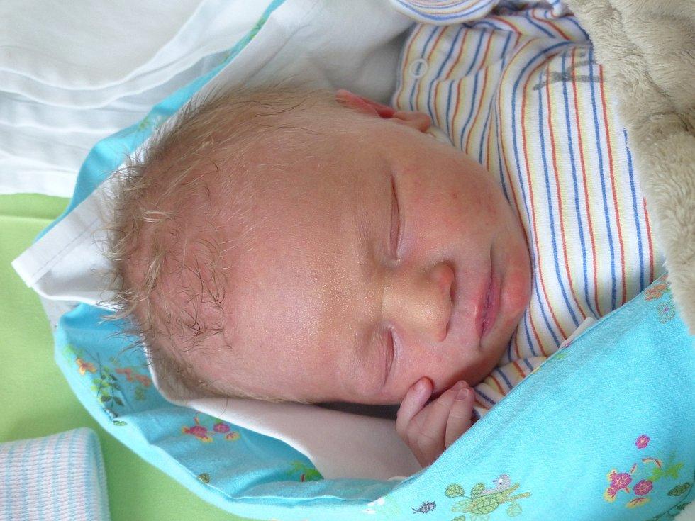 Jaroslav Sekot se narodil 16. ledna 2021 v kolínské porodnici, vážil 2570 g a měřil 46 cm. V Kolíně ho přivítala sestřička Alenka (9) a rodiče Kateřina a Jaroslav.