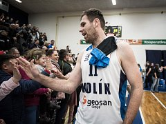 Basketbalista Kolína David Machač