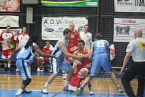 Z utkání BC Kolín - Jindřichův Hradec (87:82).