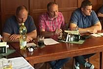 Novým prezidentem hokejového klubu SC Kolín je Luboš From (vprav).