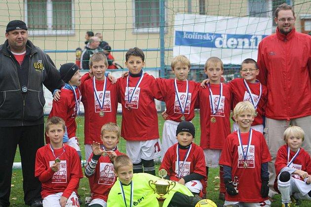 Tým FK Kolín obsadil první místo.