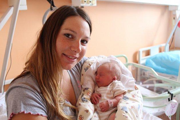 Viktorie Semencová přišla na svět 2. srpna 2017. Vážila 3165 gramů. Maminka Markéta a tatínek Petr si svou prvorozenou holčičku odvezli domů do Uhlířské Lhoty.